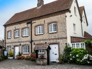Freehold 7 Bed Guesthouse w/ double bed owners accommodation – Chichester