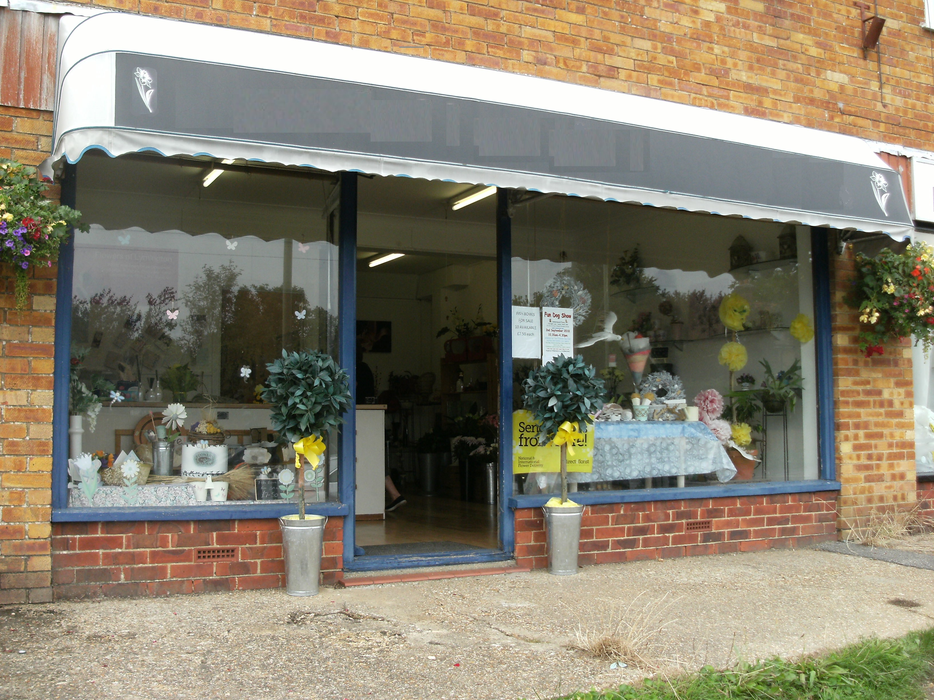ESTABLISHED RETAIL FLORIST SHOP