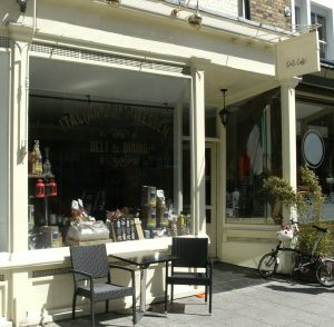 Italian-style daytime Cafe Deli close to Ocean Village Southampton