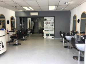 LOVELY WELL EST UNISEX SALON & 2 BED HOME – Near Hastings, East Sussex