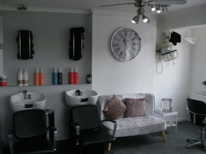 LADIES HAIR & BEAUTY SALON IN SOUTHAMPTON (East)